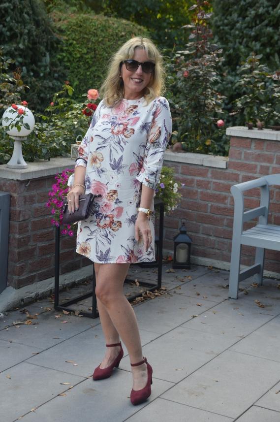 Sommerkleid mit floralem Print