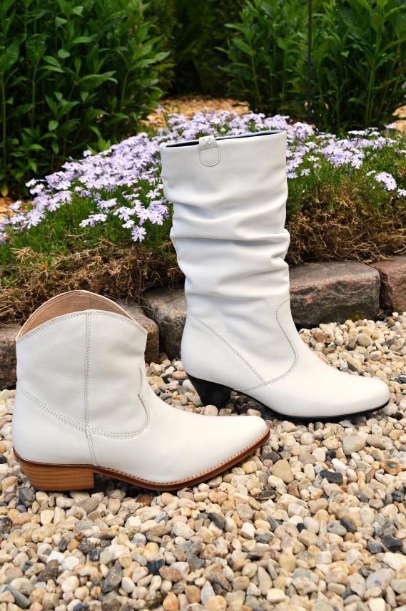 Weiße Stiefel und Stiefeletten - Tussi oder Cowgirl?
