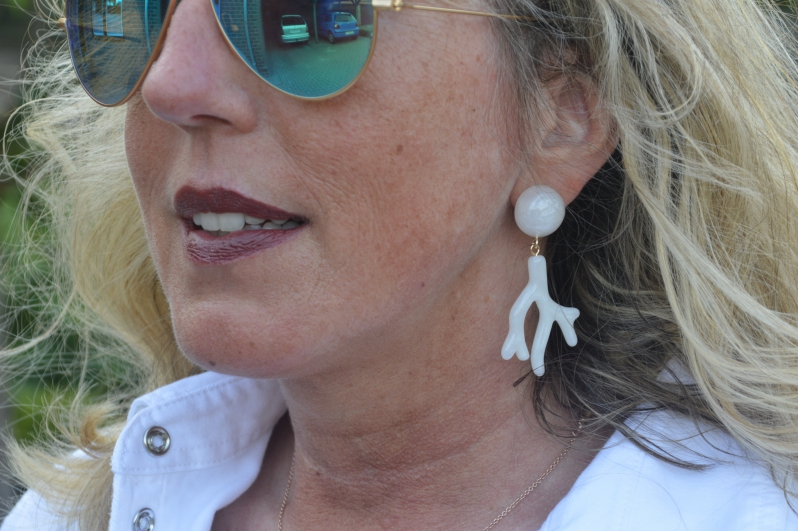 Neben der hochwertigen Qualität legt Ina großen Wert darauf, dass sowohl die Ohrstecker als auch die Ohrclips angenehm leicht sind.