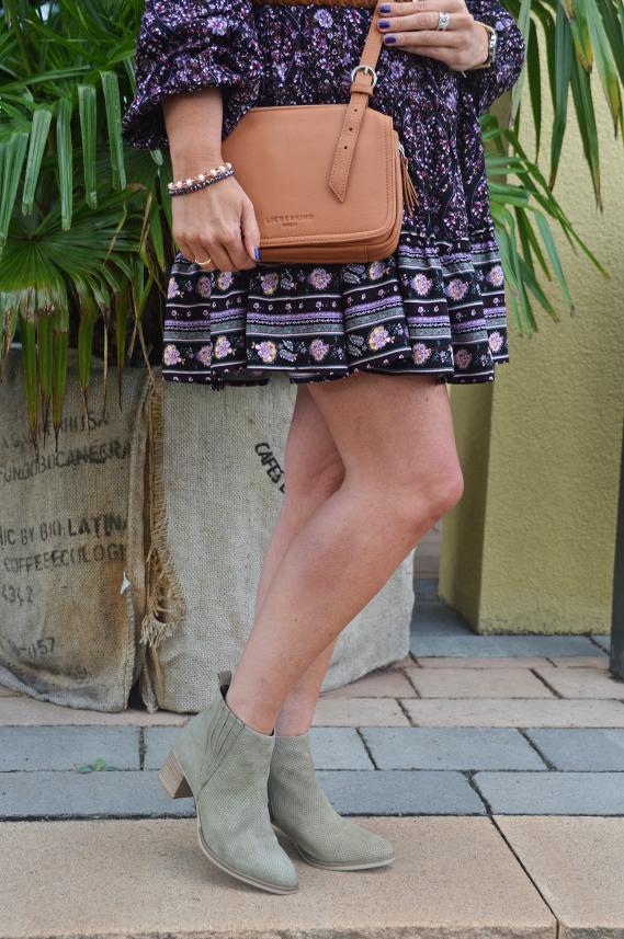 Meine neuen hellgrünen Tamaris Stiefeletten von Schuhe24.de passen perfekt dazu