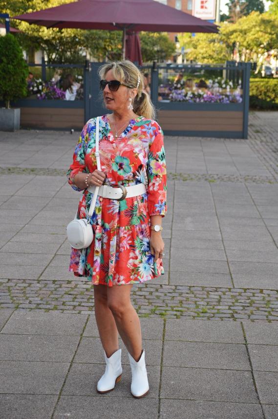 Sommerkleid von Betty Barclay ging mir nicht mehr aus dem Kopf