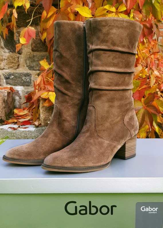 Bei Schuhe24.de werden die Schuhe von lokalen Schuhhändlern aus Deutschland angeboten