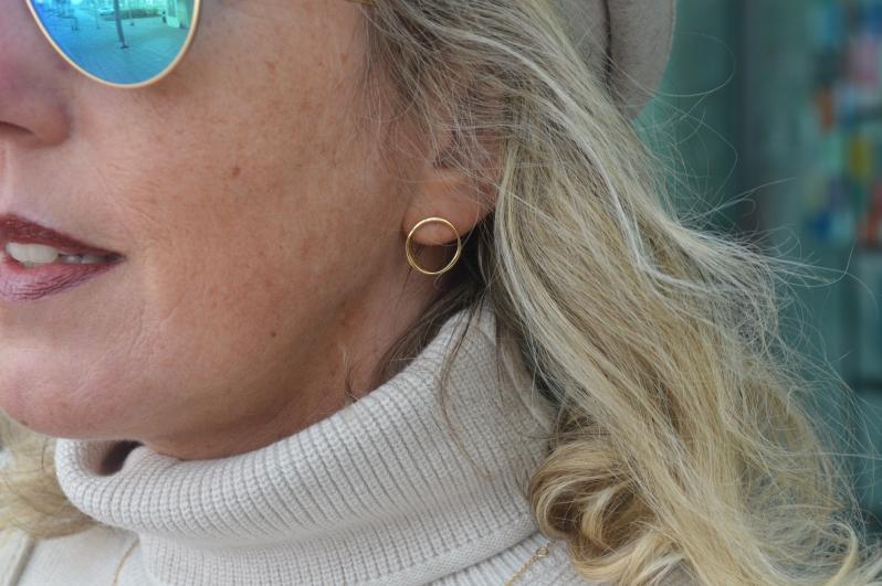 Die eleganten Ohrstecker in Ringform haben mich ebenfalls auf Anhieb begeistert