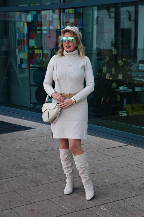 Junge Mode mit Stil tragen