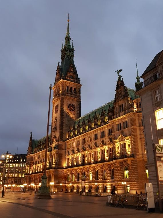 Rathaus Hamburg Weihnachtsbeleuchtung