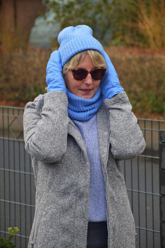 Zu der Kollektion zählen unter anderem Leggings oder kuscheliger Kapuzen-Sweater