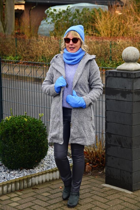 Entspannte Styles für kuschelig kalte Tage gibt es seit heute bei Tchibo