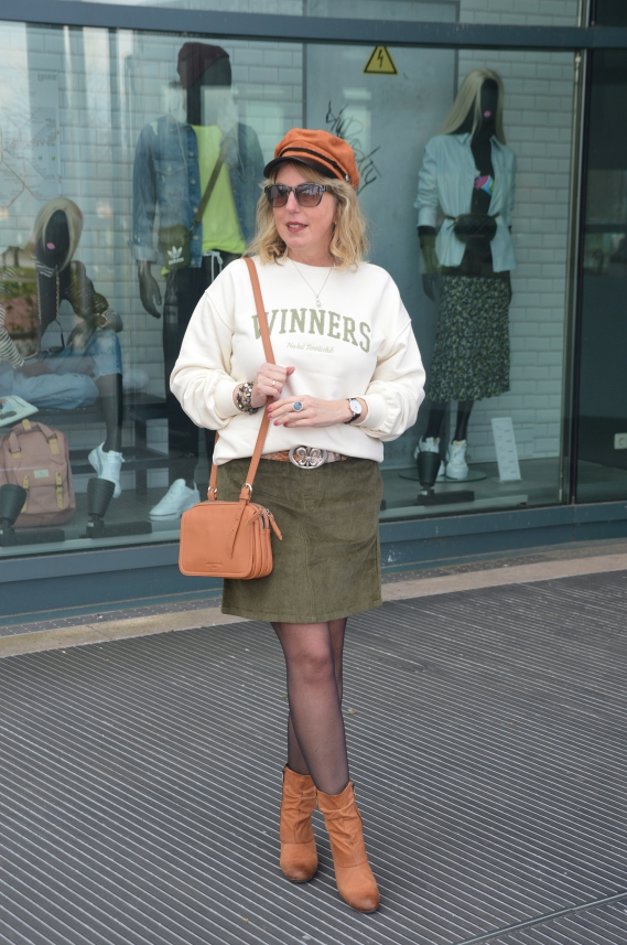 ü50 Fashion Blog