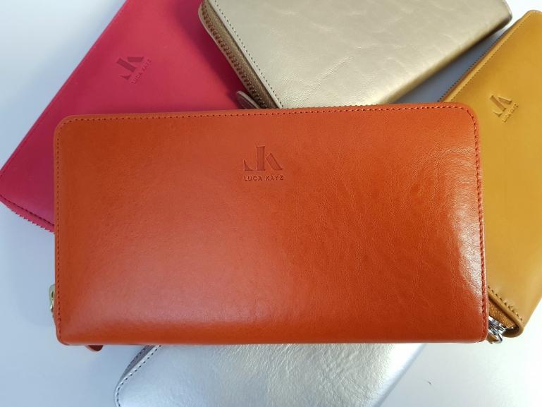 Leder Portemonnaie in 25 Farben erhältlich