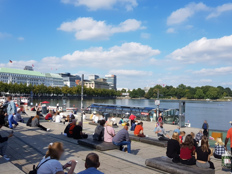 Urlauber in der Hansestadt Hamburg