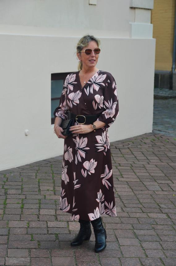 Pullunder zum Kleid kombiniert