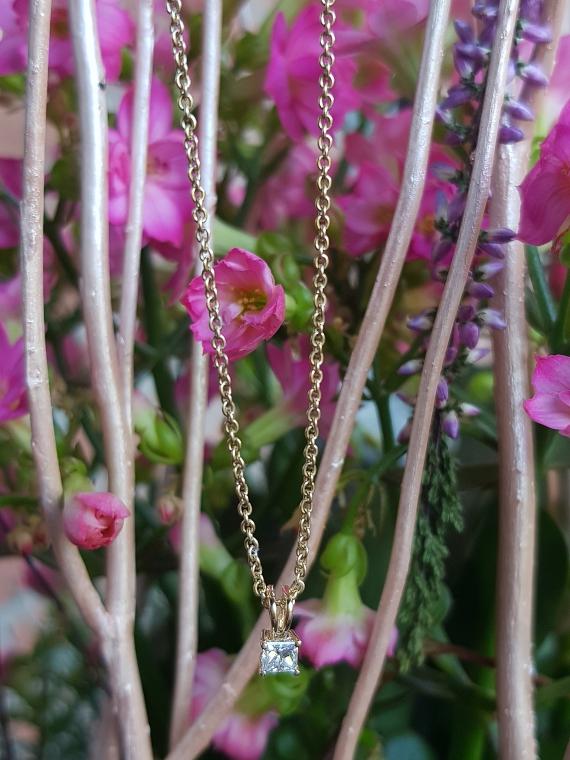 Kette 585er Gold mit Diamant Anhänger Diamonds Factory